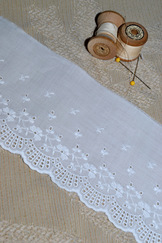 "Cotton Embroidered Lace Trim 4"" x 4.5 yds."